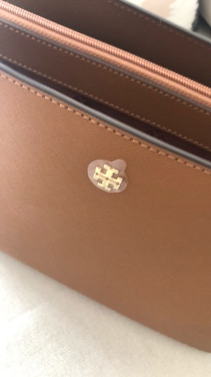 Tory Burch Tote in Camel Brown Image 11