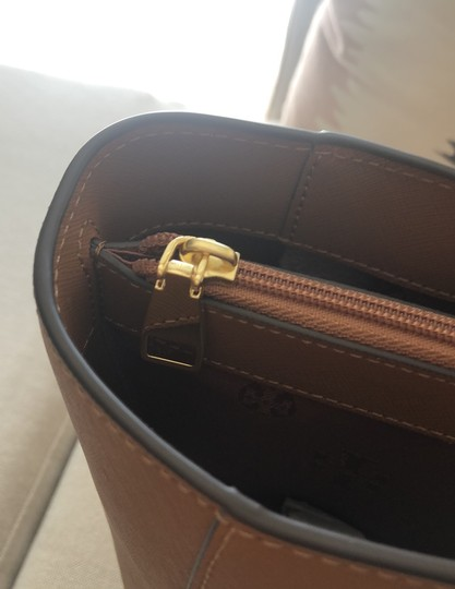Tory Burch Tote in Camel Brown Image 6