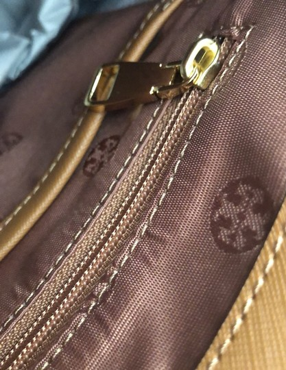Tory Burch Tote in Camel Brown Image 7