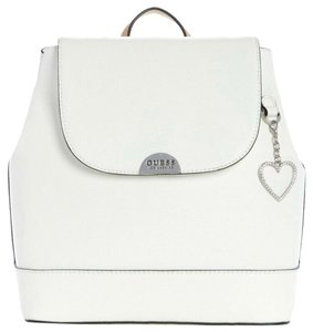 fdaa6573f012 Faux Leather Guess Bags - 70% - 90% off at Tradesy