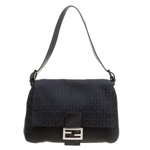 d4e46dc7a1 Fendi Bags on Sale - Up to 70% off at Tradesy