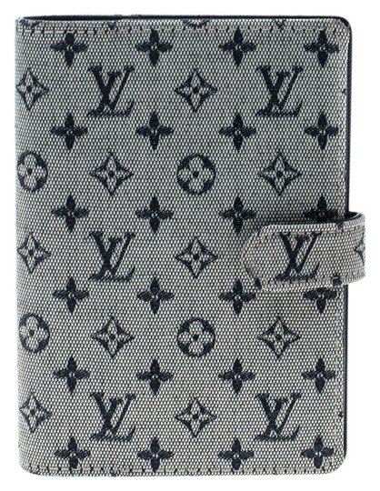 Preload https://img-static.tradesy.com/item/25185766/louis-vuitton-grey-monogram-canvas-small-ring-agenda-cover-0-1-540-540.jpg