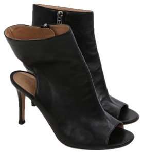 d8ca49968988e Gianvito Rossi Boots & Booties Slim Up to 90% off at Tradesy
