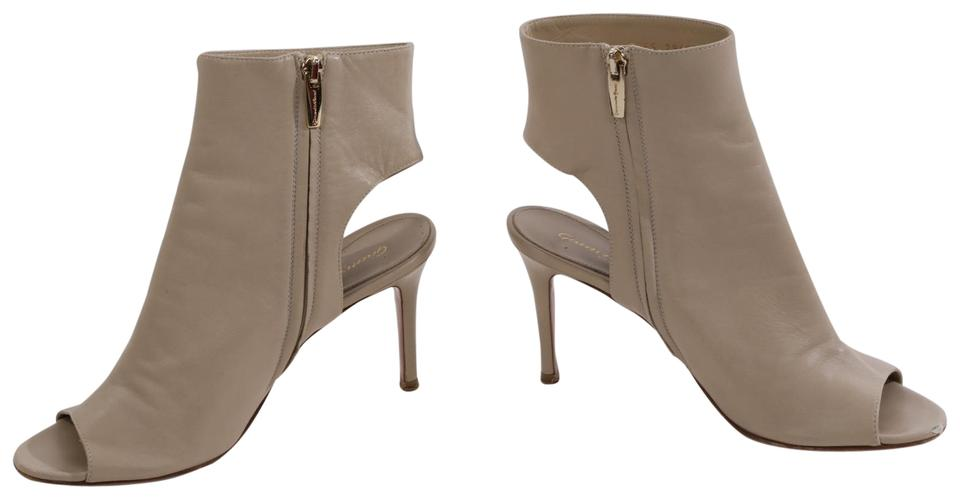 cd12c9e09e734 Gianvito Rossi Cream Leather Peep Toe Cut Out Ankle Boots/Booties ...