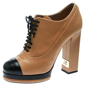 eaf9a4cb0e96 Women s Shoes - Up to 90% off at Tradesy