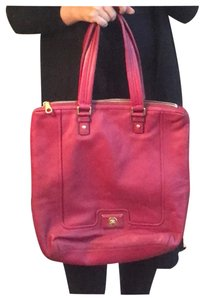7eadf0360659 Red Marc by Marc Jacobs Bags - Up to 90% off at Tradesy