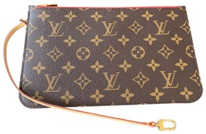 Louis Vuitton Clutch Wallets Pouch Lv Monogram Handbags Wristlet in Brown - item med img