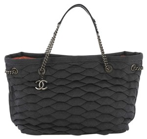 Chanel Denim Tote in navy
