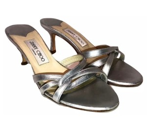 5b0e07460 Manolo Blahnik Shoes on Sale - Up to 70% off at Tradesy