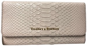 Dooney & Bourke Caldwell Bcald0325 Clutch Python Snake Cross Body Bag