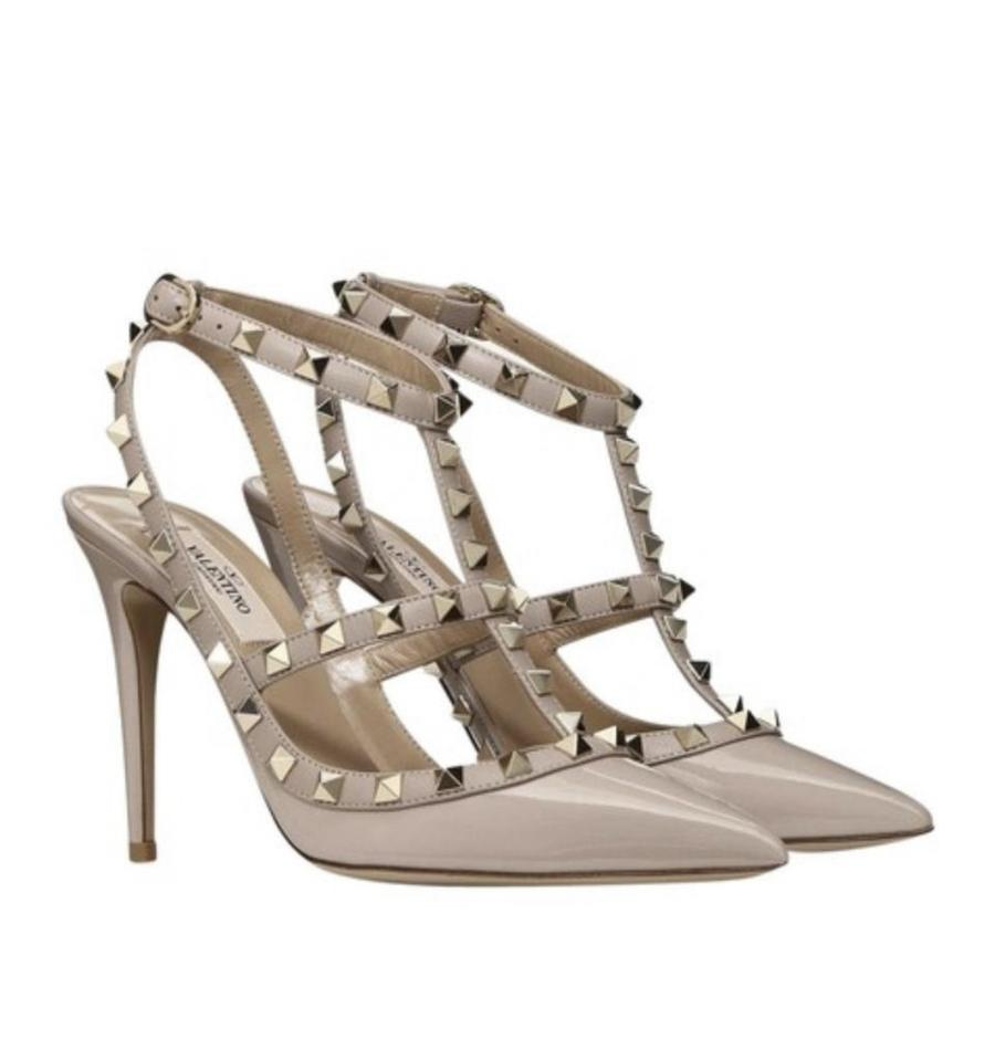8d117736c9 Valentino Poudre Classic Rockstud Patent Leather 100mm Pumps Size EU ...