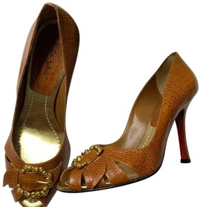 e108b7f1b54 Sergio Zelcer Pumps Up to 90% off at Tradesy