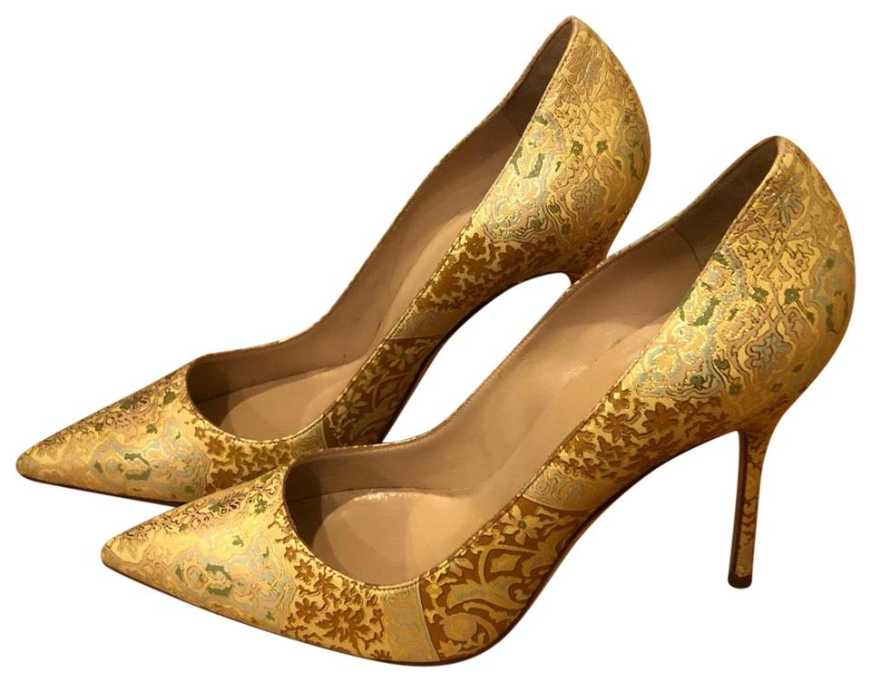 d733ff0e5aa5b Manolo Blahnik Gold Pumps Size EU 40 (Approx. US 10) Regular (M, B ...
