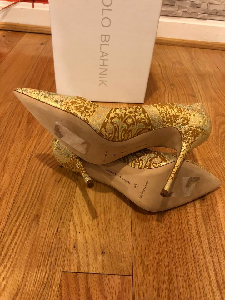 bf0cf83707061 Manolo Blahnik Gold Pumps Size EU 40 (Approx. US 10) Regular (M, B) -  Tradesy