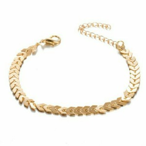 Unknown Gold Chevron Bracelet