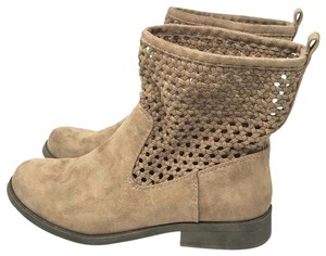 4f641c73fcc Women s Mudd Shoes - Up to 90% off at Tradesy