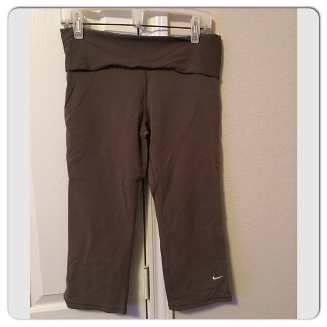 Item - Taupe Fit Dry Activewear Bottoms Size 4 (S)