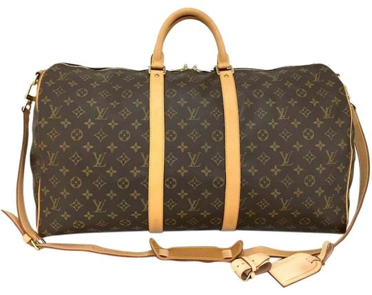 Preload https://img-static.tradesy.com/item/25193146/louis-vuitton-keepall-monogram-bandouliere-55-boston-brown-weekendtravel-bag-0-1-540-540.jpg