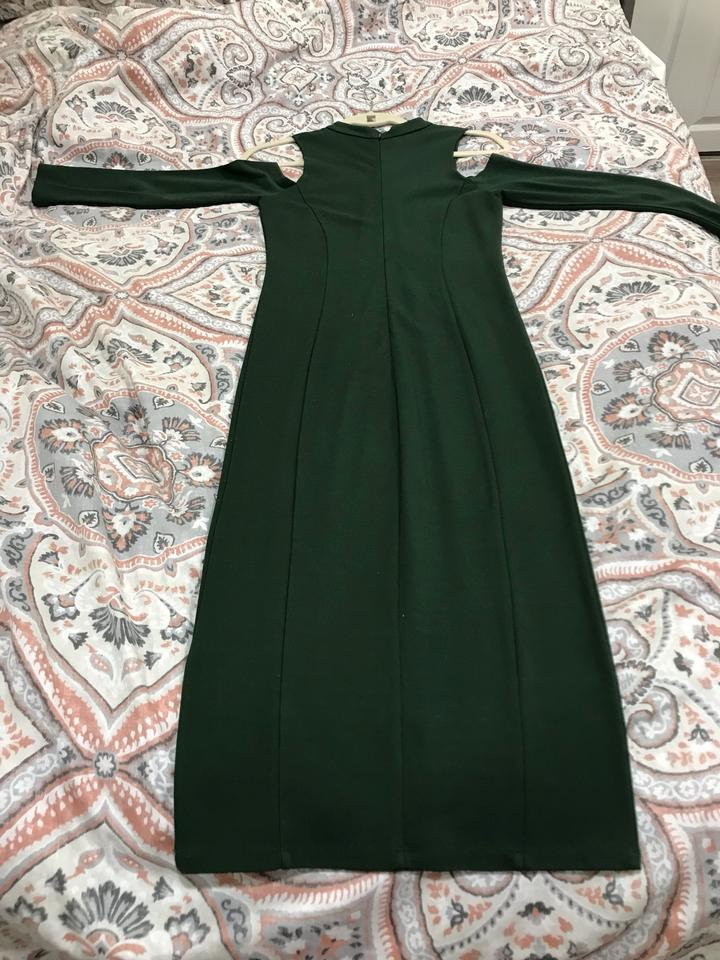 4ef91556 FELICITY & COCO Mountain View Green Kenly Cold Shoulder Midi Mid ...