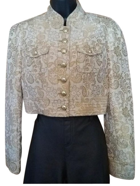 Preload https://img-static.tradesy.com/item/25193268/classiques-entier-gold-brocade-blazer-size-6-s-0-1-650-650.jpg
