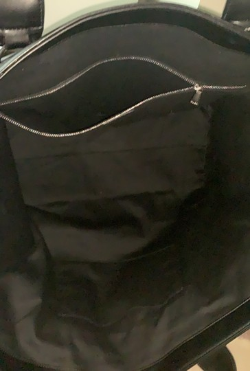 Hugo Boss Tote in black and white Image 1