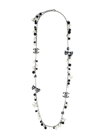 Chanel CHANEL BLACK WHITE PEARL CC GINGHAM BOW LOGO LONG NECKLACE RARE Image 11
