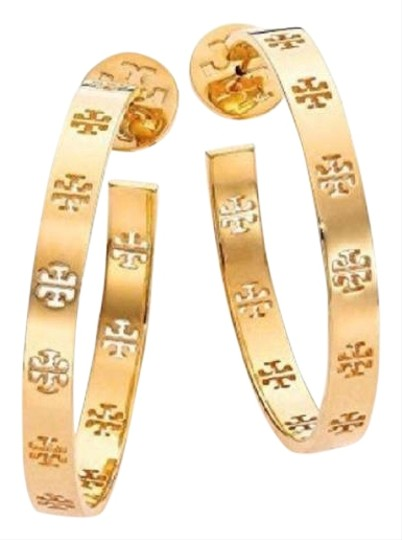 Preload https://img-static.tradesy.com/item/25193711/tory-burch-gold-t-pierced-hoop-earrings-0-1-540-540.jpg