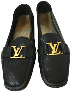 081d3460bde3 Louis Vuitton Lv Loafers Lv Driving Loafers Driving Loafers Chanel Black  Flats