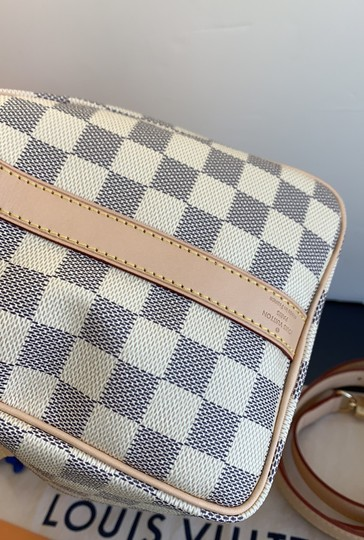 Louis Vuitton Satchel in damier azur Image 5