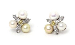 Other Diamond & Pearls 14k White Gold Floral Stud Earrings