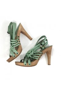 Chloé Leather Wood green Sandals