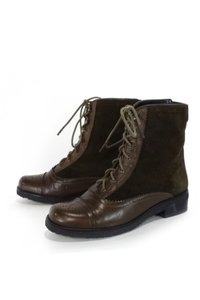 Stuart Weitzman Suede Leather Oxford brown Boots