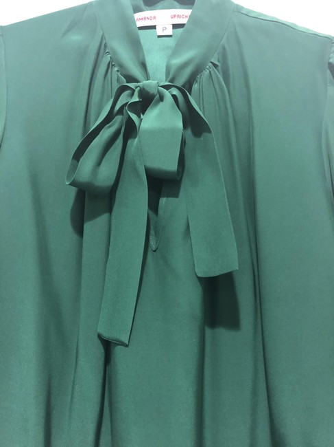 Preload https://img-static.tradesy.com/item/25194901/amanda-uprichard-emerald-green-tie-front-silk-blouse-size-0-xs-0-1-650-650.jpg