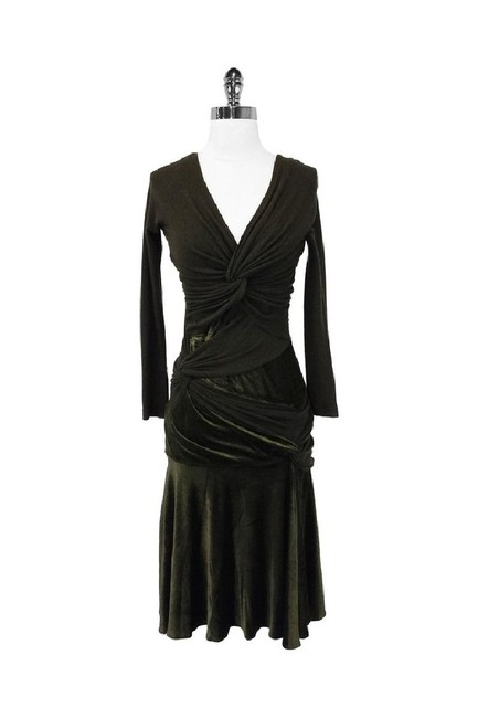 Preload https://img-static.tradesy.com/item/25194984/donna-karan-green-short-casual-dress-size-8-m-0-0-650-650.jpg