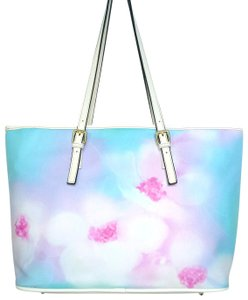 Waynorth Large Beach White Tote in Floral