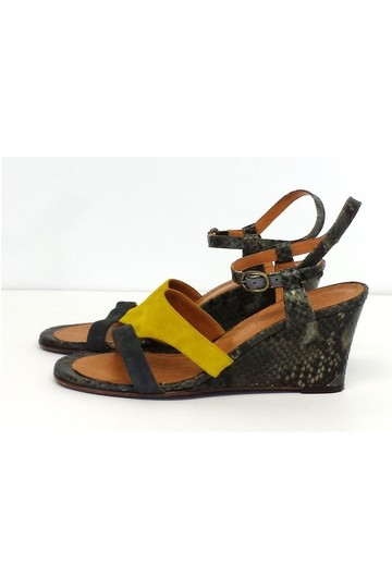 Chie Mihara Finde Suede Leather Colorblock Wedge yellow Sandals Image 2
