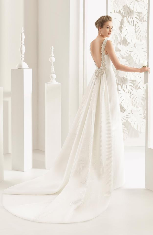Nordstrom Wedding Dresses.Rosa Clara Natural Navas Embellished Pique Column Gown With Train Current At Nordstrom Traditional Wedding Dress Size 10 M 70 Off Retail