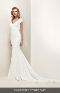 e11128a03cf Pronovias Ivory Dralan Beaded Sleeve   Tulle Mermaid Gown Modern Wedding  Dress Size 12 (L