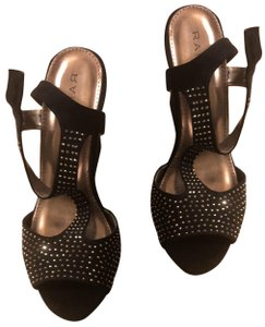 Rampage Black and Silver Wedges
