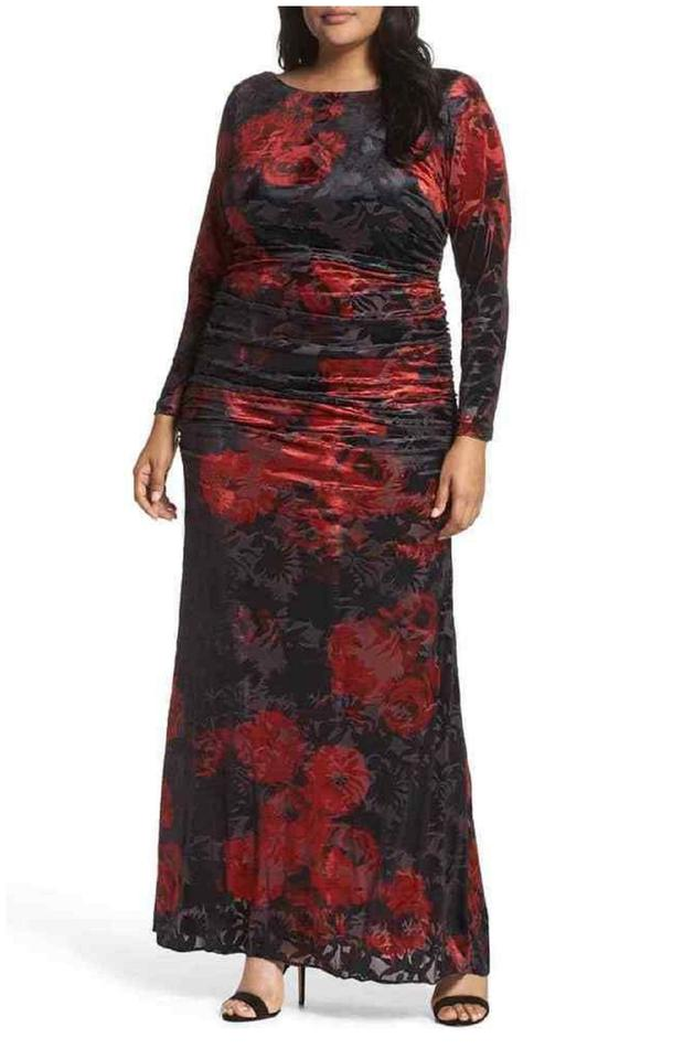 Adrianna Papell Cardinal Red Black Rose Print Velvet Gown Sleeve Long  Formal Dress Size 20 (Plus 1x) 36% off retail