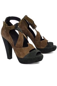 Hoss Intropia Taupe Olive Suede Cutout Heels brown Pumps