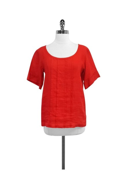 Item - Red Activewear Top Size 2 (XS)