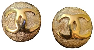Chanel CHANEL Vintage Gold Plated Round CC Logo Clip On Earrings