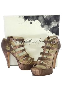 Elizabeth and James Manic Platform Gladiator Gray Sandals