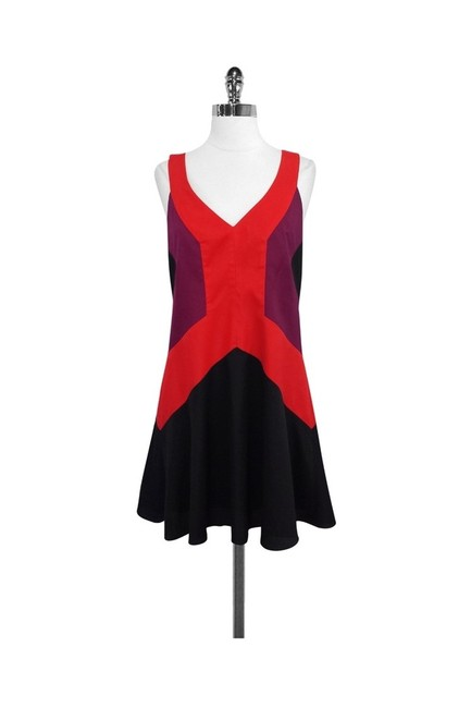 Item - Red Short Casual Dress Size 6 (S)