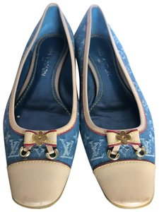 811abcf2937d Women s Blue Louis Vuitton Shoes - Up to 90% off at Tradesy