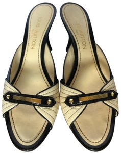 1ac843bc8df2 Louis Vuitton Sandals - Up to 70% off at Tradesy