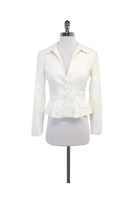 Item - White Skirt Suit Size 0 (XS)