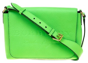 ae479a6a01b5 Green Burberry Bags - Up to 90% off at Tradesy