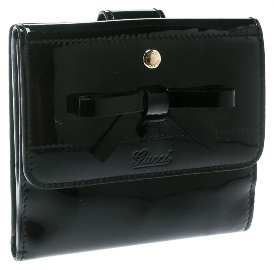 f8c225be7765 Gucci Black Patent Leather Bow Compact Wallet - Tradesy